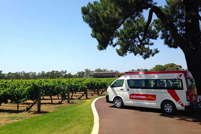 ETP-Bus-at-Mandoon-Vineyard