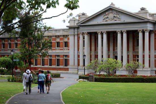 Perth historic buildings - Walking tour