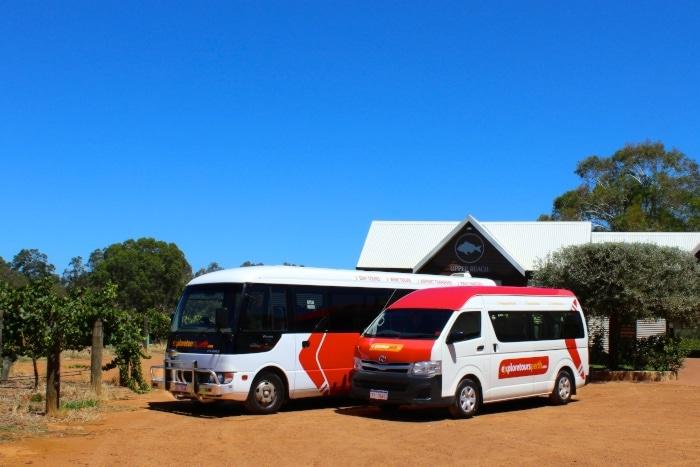 JasonAndKylie tour buses